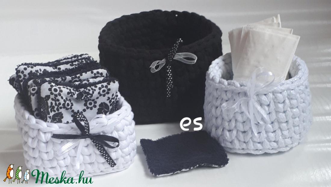Arclemosó párna szett kosarakkal 13 részes fekete és fehér színben (Makriky) - Meska.hu