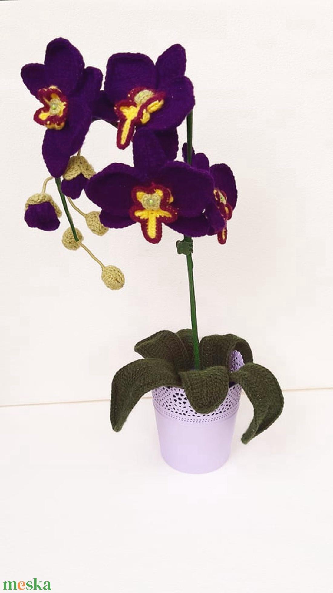 Lila horgolt orchidea (Malnacskaworkroom) - Meska.hu