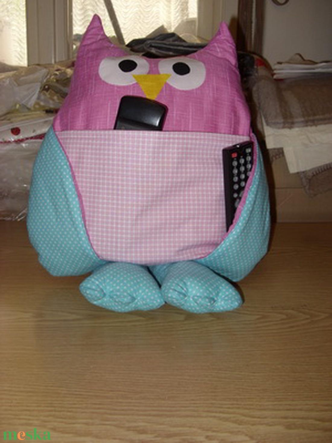 Óriásláb  - cuki bagoly testvérek- 4 zsebes patchwork bagoly nagyon cuki mosható, távirányító tartó, párnácska  - játék & gyerek - Meska.hu