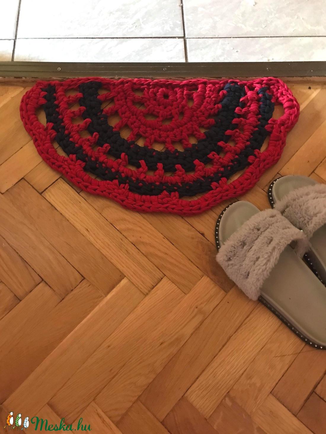 Vintáge szőnyeg, pólófonalból. (mbrigitta87) - Meska.hu