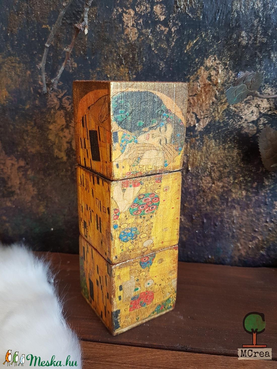 Kampo Kun Floroj festett fa dekoráció - otthon & lakás - dekoráció - dísztárgy - Meska.hu