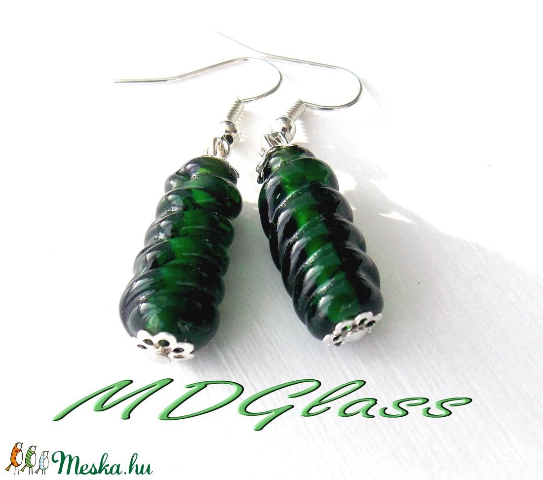 Smaragdzöld  lámpagyöngy fülbevaló - ékszer - fülbevaló - lógó fülbevaló - Meska.hu