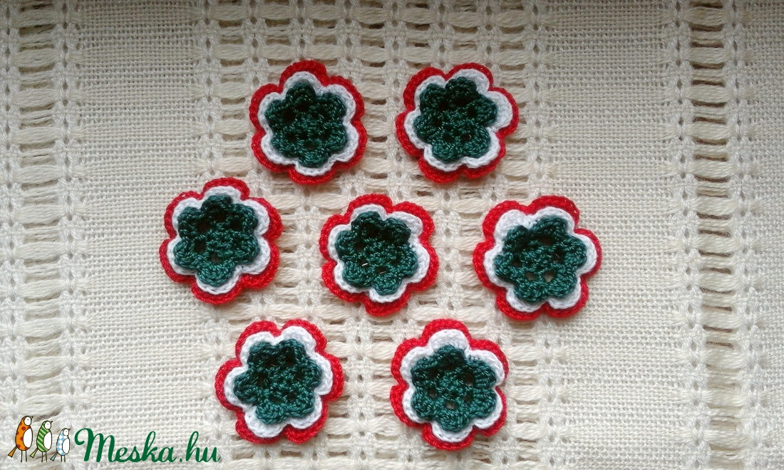 Horgolt virág alakú kokárdák (melykeboltja) - Meska.hu