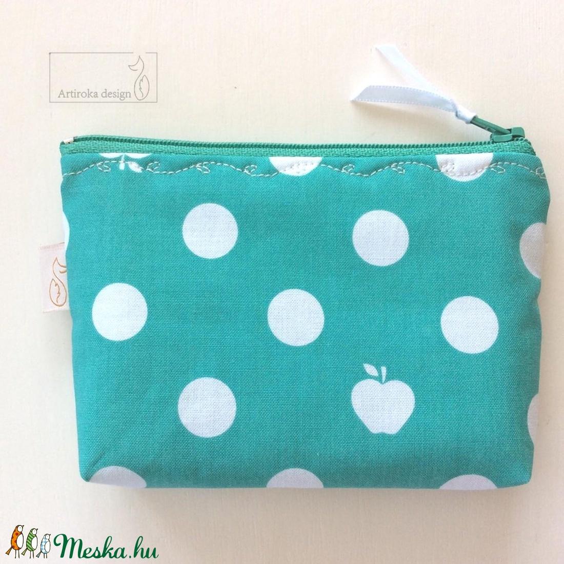 Almás pöttyös, zöld-fehér irattartó pénztárca -  - Meska.hu