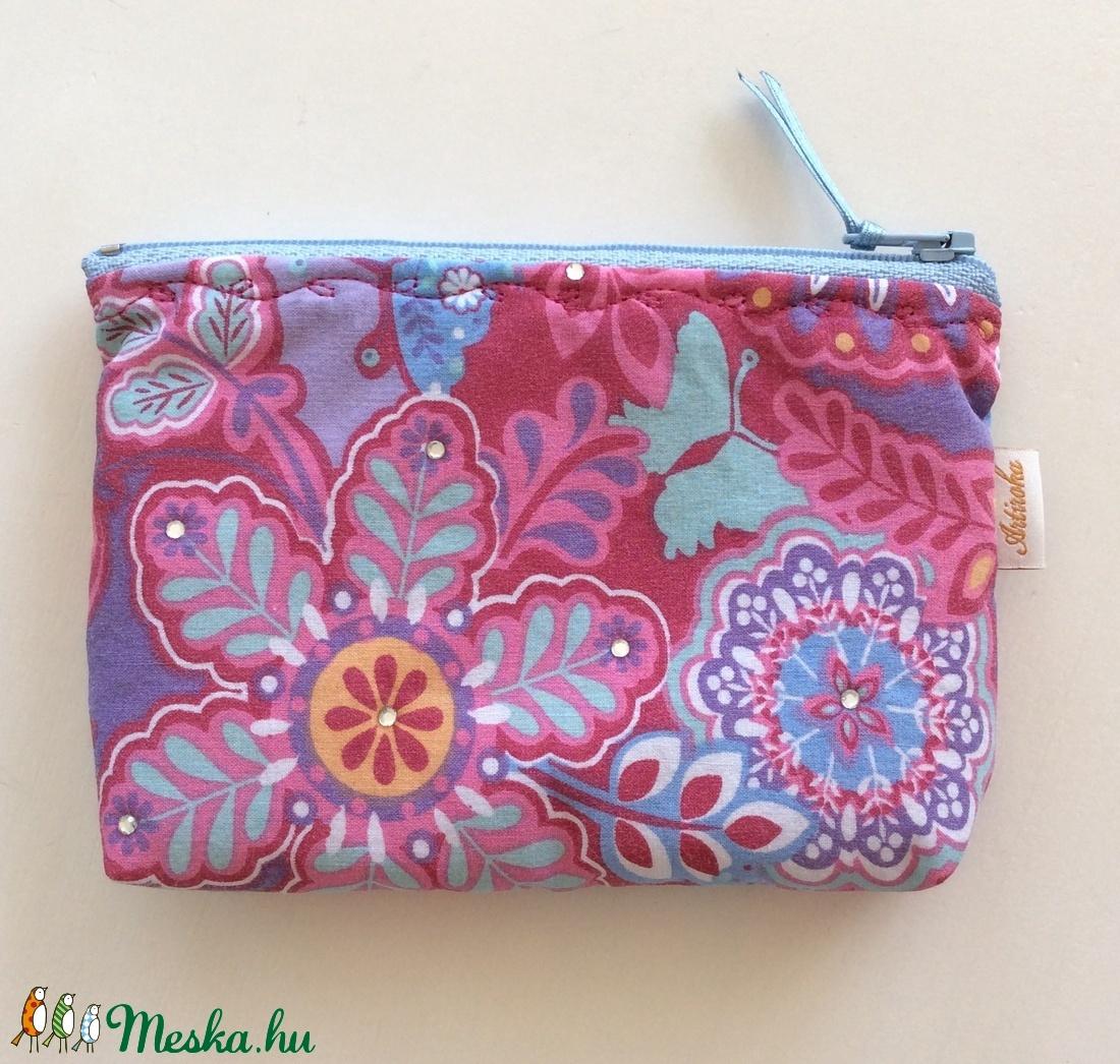 Pink lila virágos, pillangós irattartó, pénztárca újrahasznosított textilből (Mesedoboz) - Meska.hu