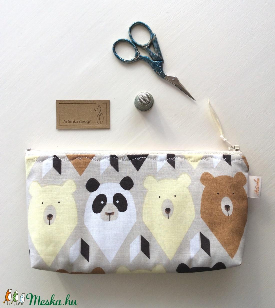 Natúr színű mackós,  panda mackós tolltartó, szemüvegtok - Artiroka design - táska & tok - neszesszer - Meska.hu
