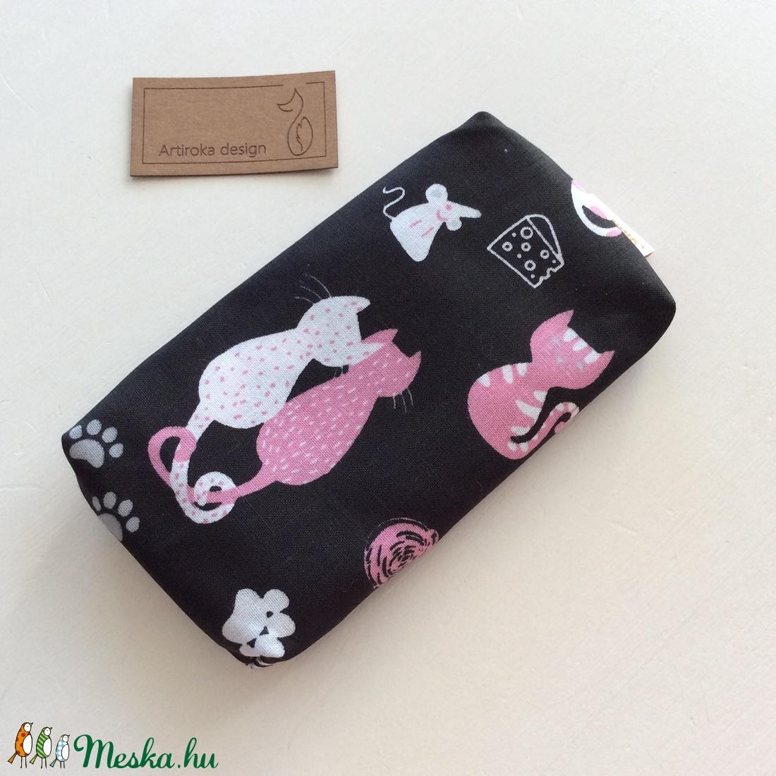 Fekete cica mintás bélelt papírzsebkendő tartó - Artiroka design (Mesedoboz) - Meska.hu