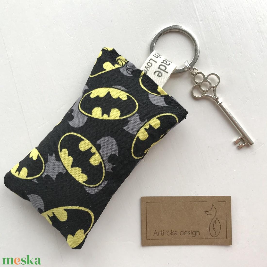Batman mintás prémium pamut kulcstartó - gyereknap - Artiroka design - táska & tok - kulcstartó & táskadísz - kulcstartó - Meska.hu