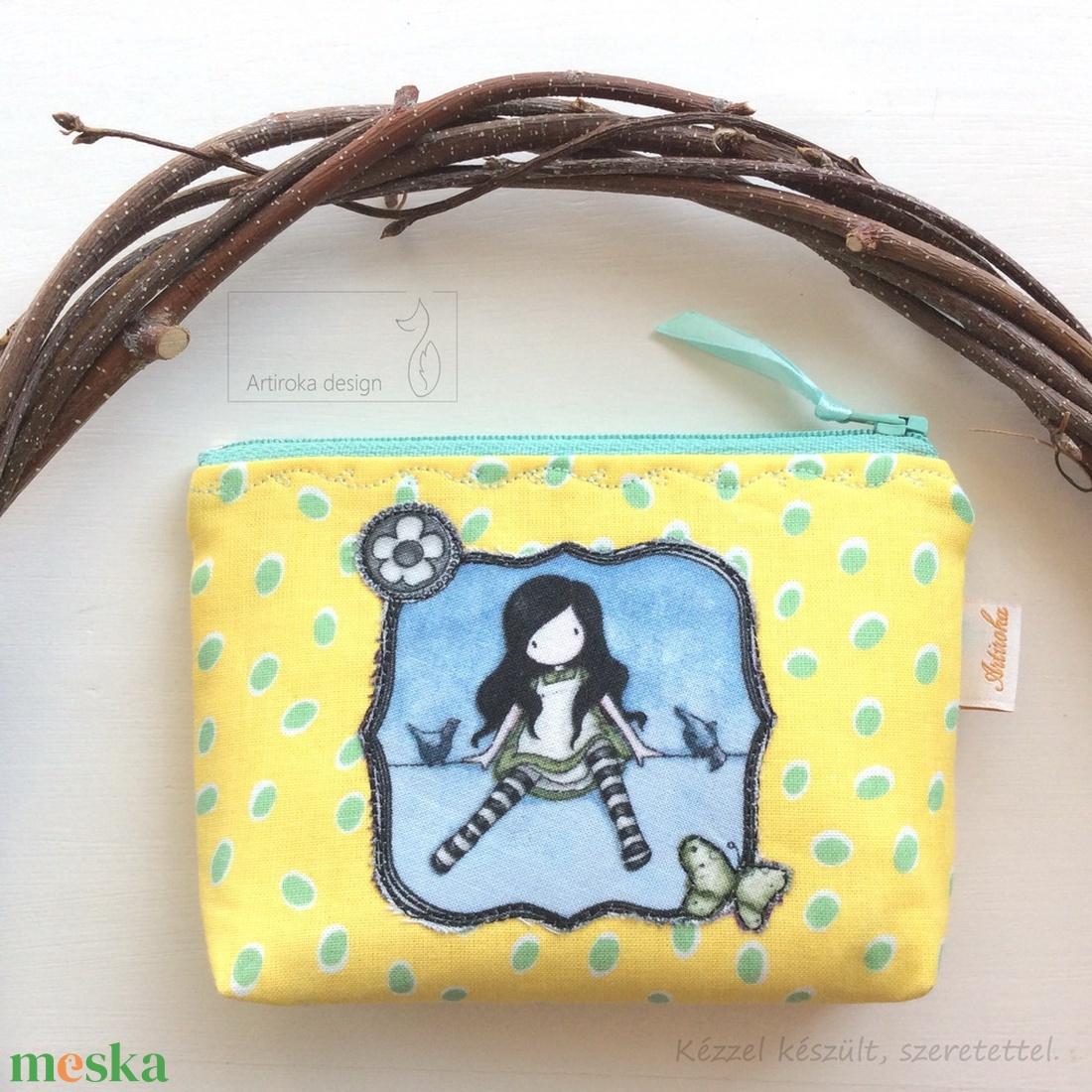 Tündér lányka kis madarakkal és pillangóval - sárga mintás irattartó pénztárca  - Artiroka design - táska & tok - pénztárca & más tok - kártyatartó & irattartó - Meska.hu