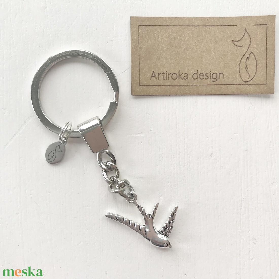 Fecske madár  kulcstartó - Artiroka design  - táska & tok - kulcstartó & táskadísz - kulcstartó - Meska.hu