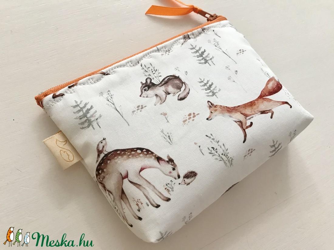 Erdei találkozó - róka, őzike, süni és kisegér mintás prémium irattartó pénztárca  -  Artiroka design - táska & tok - pénztárca & más tok - pénztárca - Meska.hu