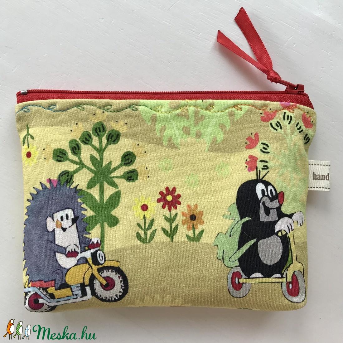 Kisvakond és barátai mintás, sárga színű irattartó,  pénztárca - nyári vakáció  - táska & tok - pénztárca & más tok - pénztárca - Meska.hu