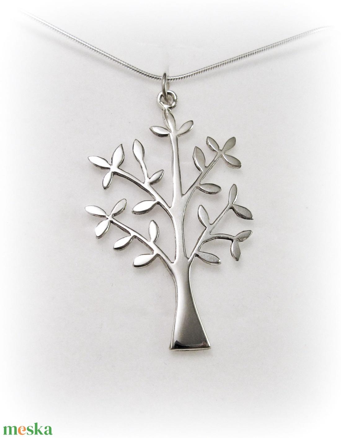 Ezüst fa medál, Életfa medál (minicsiga) - Meska.hu