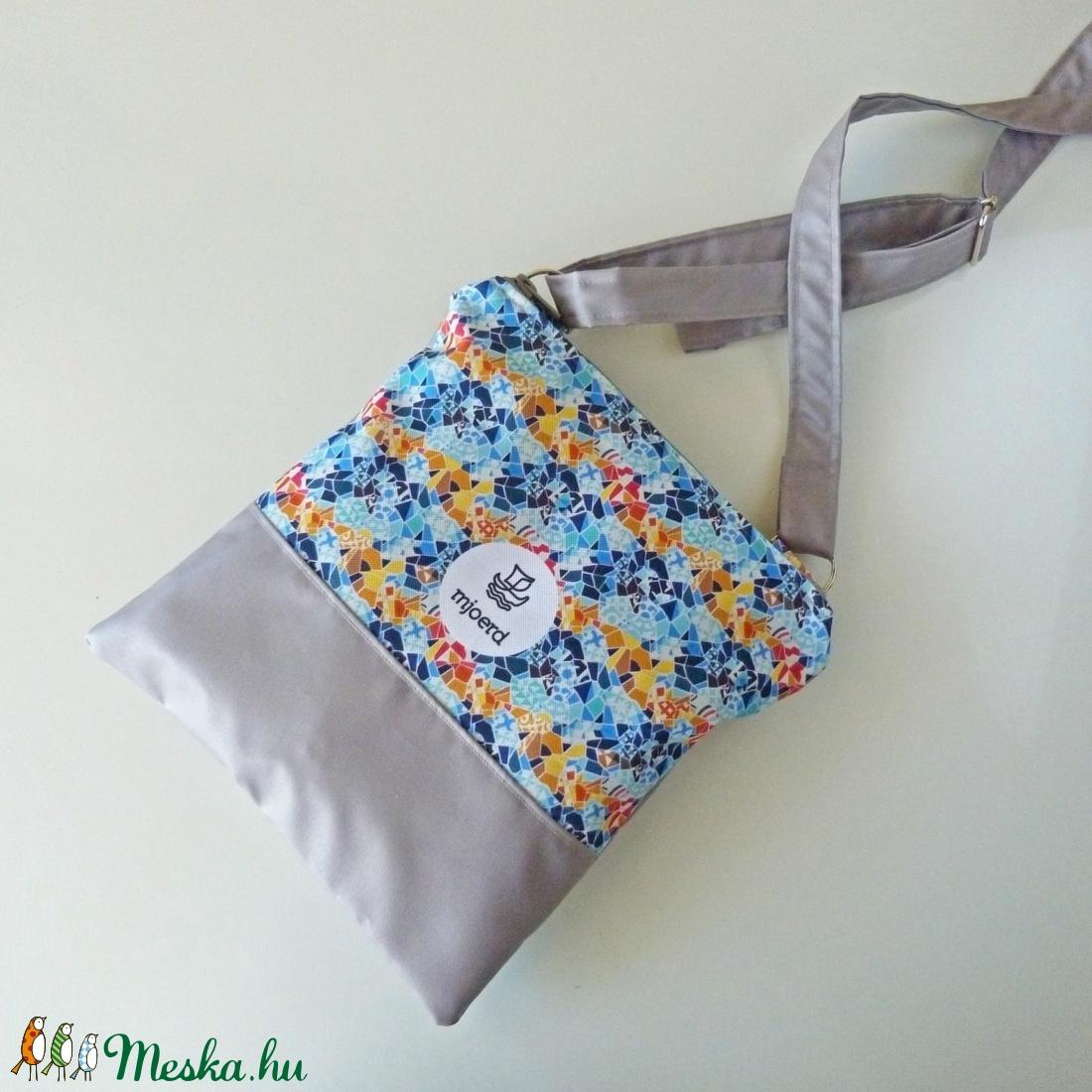 Válltáska/oldaltáska - Barcelona kollekció - táska & tok - kézitáska & válltáska - vállon átvethető táska - Meska.hu
