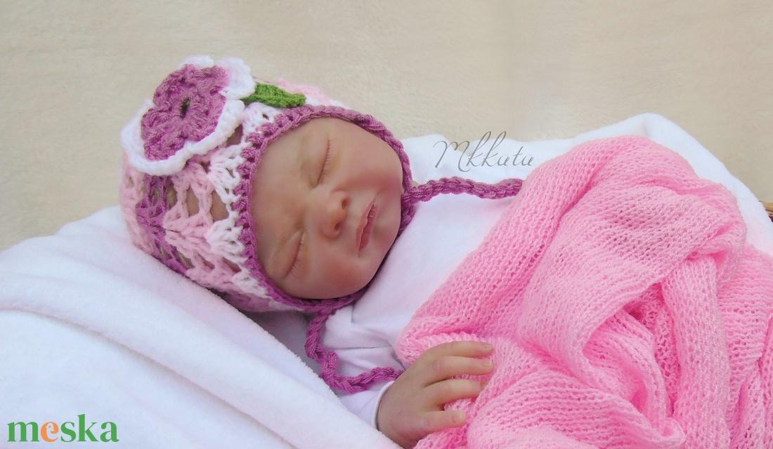 Horgolt újszülött ,  baba sapka 0-2 hó fotózásra  - ruha & divat - babaruha & gyerekruha - babafotózási ruha és kellék - Meska.hu