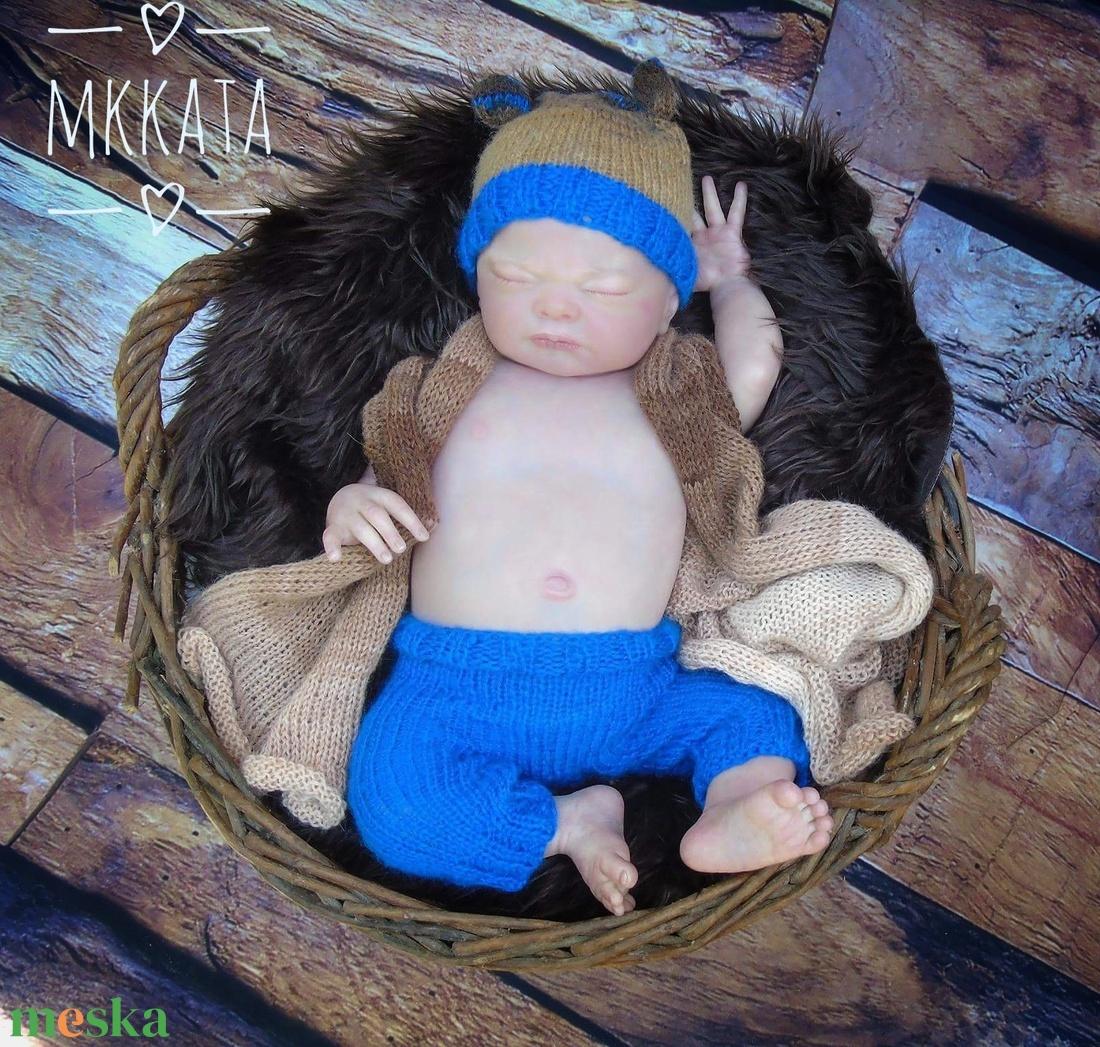 Kötött  baba sapka+ nadrág  0-2  hónapos méret - ruha & divat - babaruha & gyerekruha - babafotózási ruha és kellék - Meska.hu