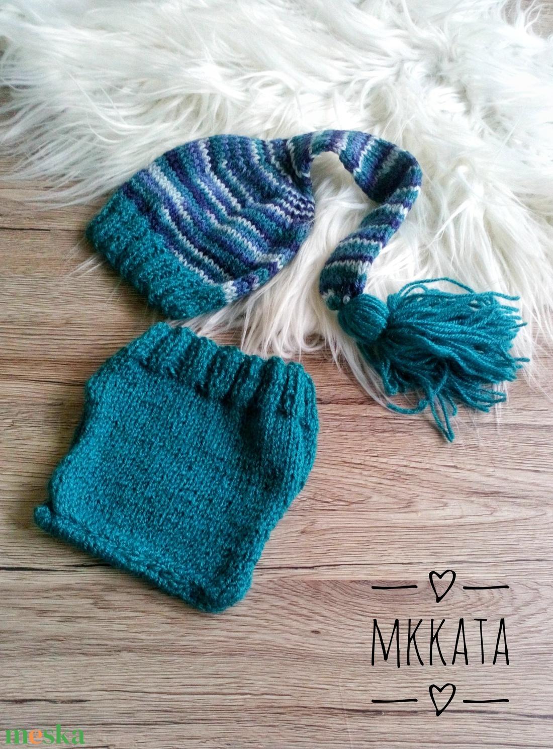 Kötött baba sapka+ nadrág szett  0-2 hónapos méret  - ruha & divat - babaruha & gyerekruha - babafotózási ruha és kellék - Meska.hu