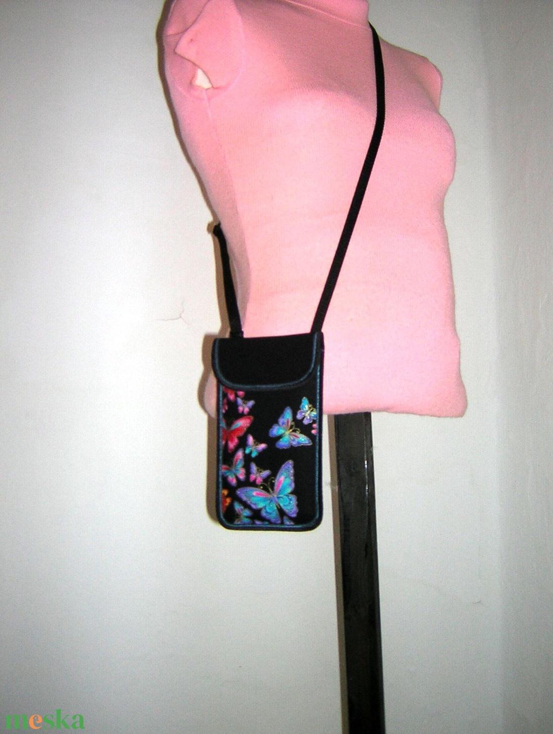 Állíthatópántos telefontok  XL mobiltartó nyakba akasztható 2in1 kistáska pillangós lepkés - táska & tok - pénztárca & más tok - telefontok - Meska.hu