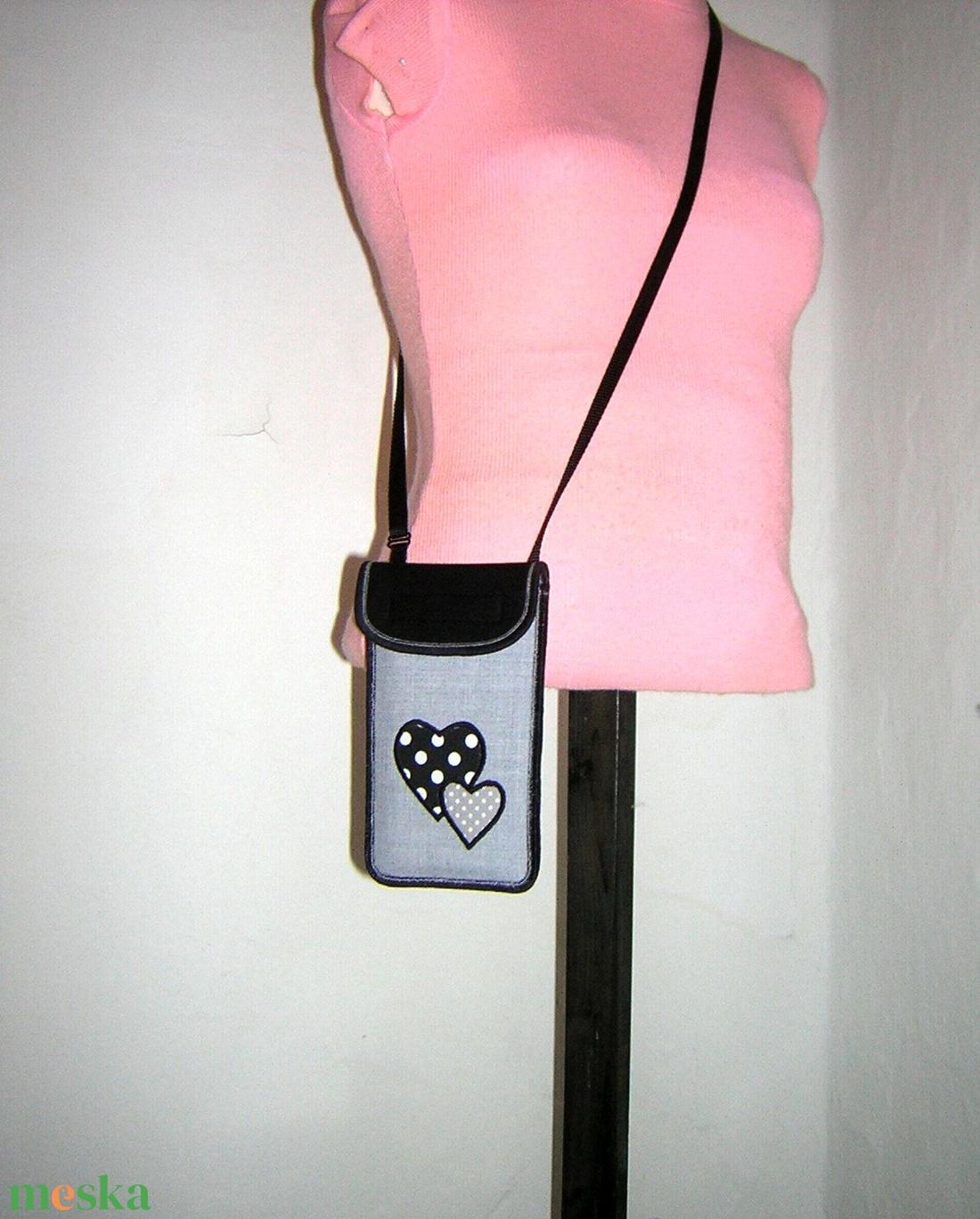 Állítható pántos mobil tok  Plus-os méretű telefonokhoz  Szív Valentin nap - táska & tok - pénztárca & más tok - telefontok - Meska.hu