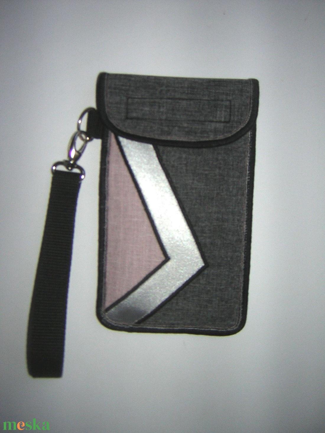 Mobiltok kis csuklótáska plus-os méretű okostelefonhoz XL-es telefon tartó tok púder-ezüstszürke-szürke - táska & tok - kézitáska & válltáska - csuklótáska - Meska.hu