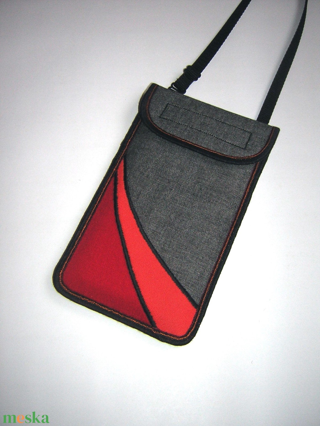 Nyakbaakasztató mobil tok  Plus-os méretű telefonokhoz  XL-es tok állítható pánttal  - táska & tok - pénztárca & más tok - telefontok - Meska.hu