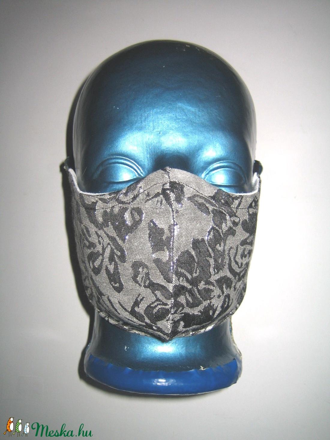 Brokát szájmaszk fülre akasztható textilmaszk alkalmi arcmaszk szürke-ezüst - maszk, arcmaszk - női - Meska.hu