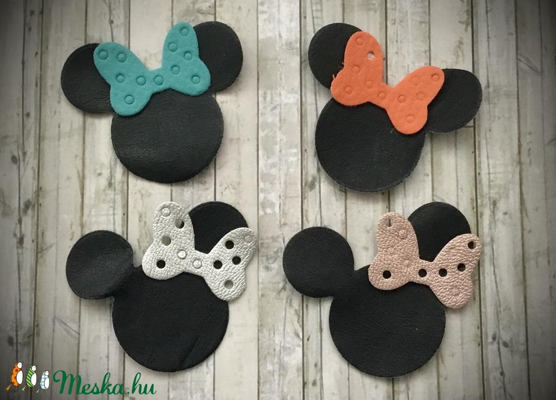 �Minnie Mouse-Fülbevaló- - ékszer - fülbevaló - lógós kerek fülbevaló - Meska.hu