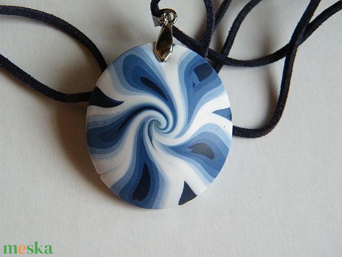 Kék szirmok medál - ékszer - nyaklánc - medálos nyaklánc - Meska.hu
