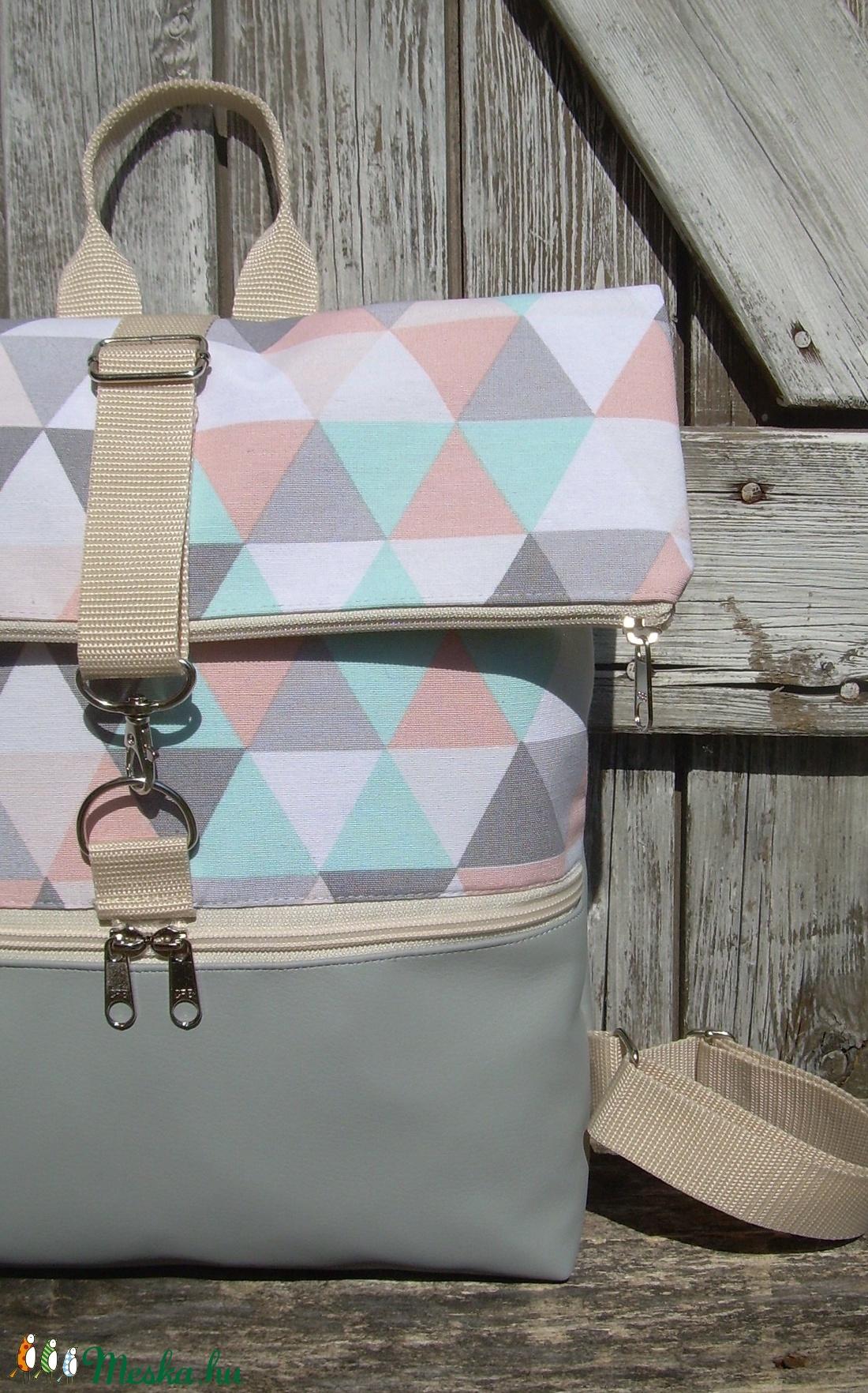 ROLL TOP CITY BAG : Variációk szürkére és mozaik mintára - táska & tok - hátizsák - roll top hátizsák - Meska.hu