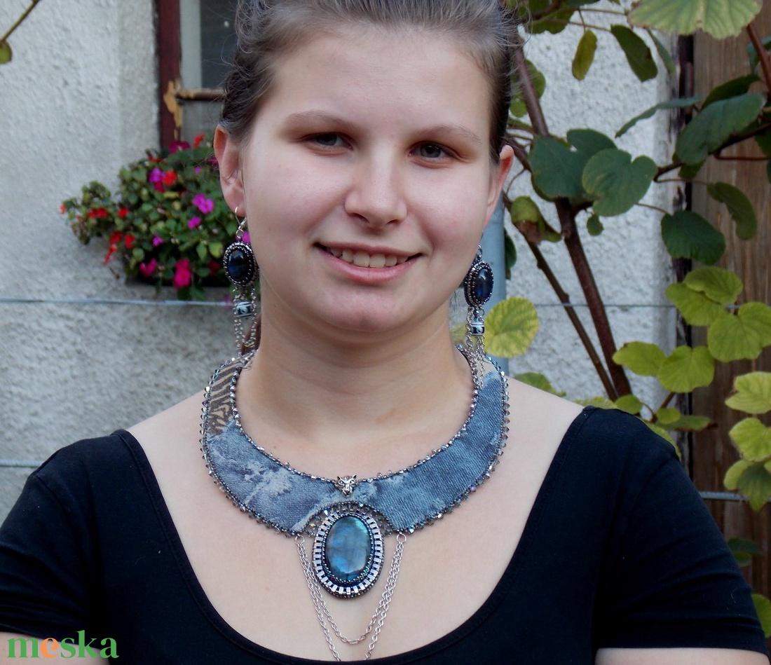 Labradorite  -gyöngy hímzett nyakék - ékszer - nyaklánc - nyakpánt, gallér - Meska.hu