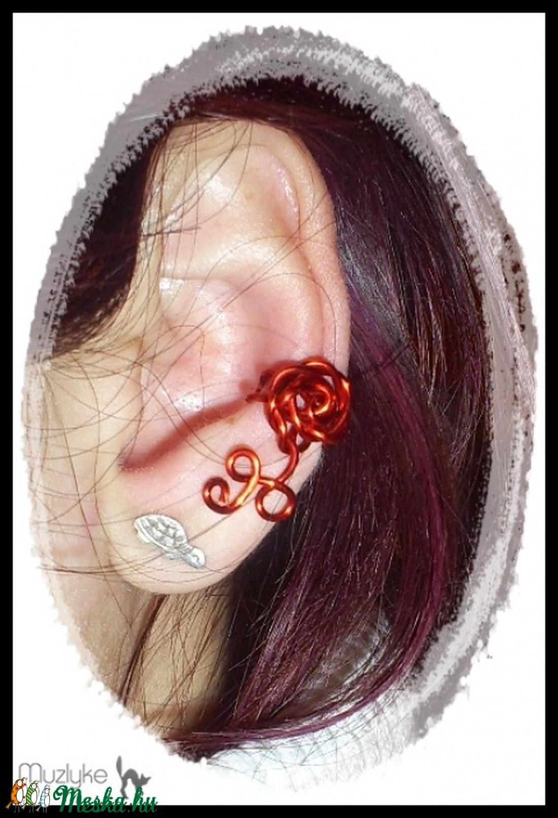 Piros rózsás fülgyűrű - Meska.hu