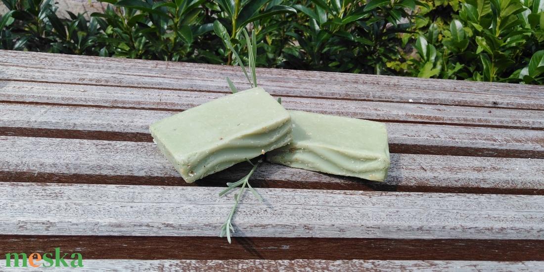Amasonia levelei zöld agyagos samponszappan - szépségápolás - szappan & fürdés - kézműves szappan - Meska.hu