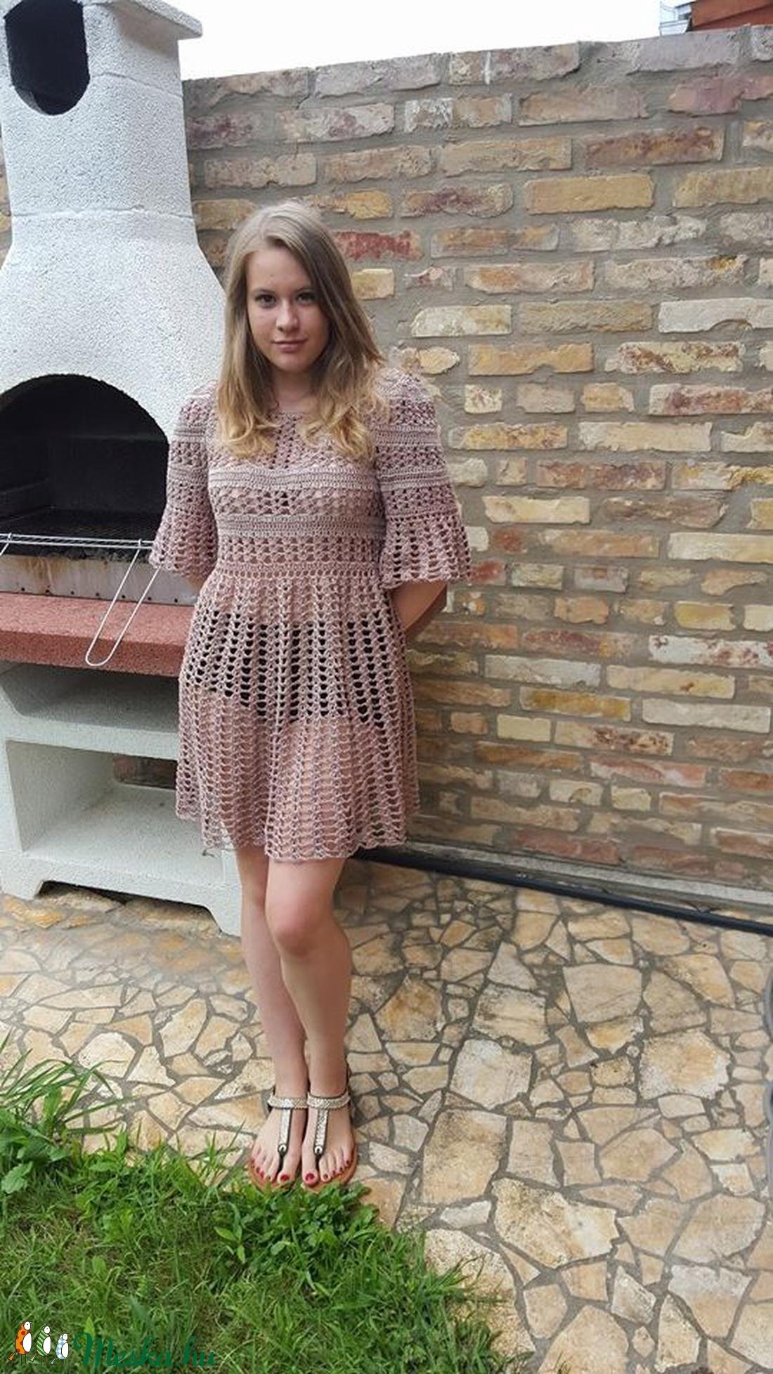Romantikus horgolt ruha a színek árnyalataiban - ruha & divat - női ruha - ruha - Meska.hu