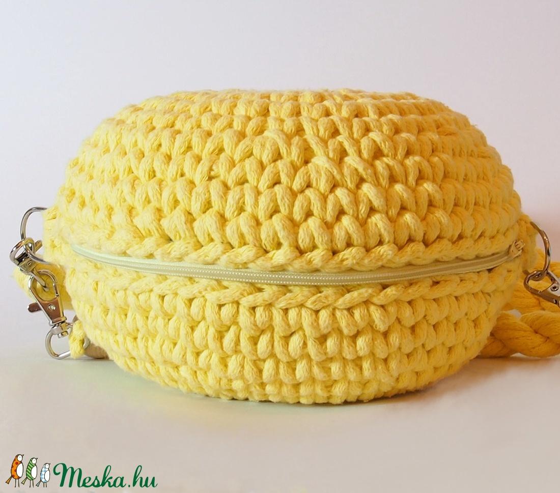 Macaron süti ihlette horgolt táska 100% ban újrahasznosított