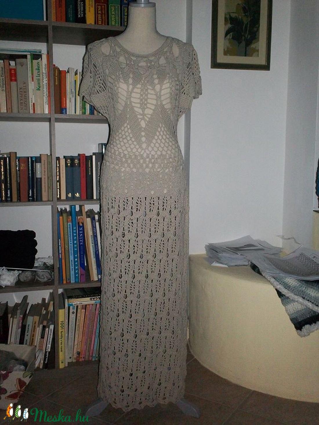 Drapp elasztikus hosszú női ruha - Meska.hu