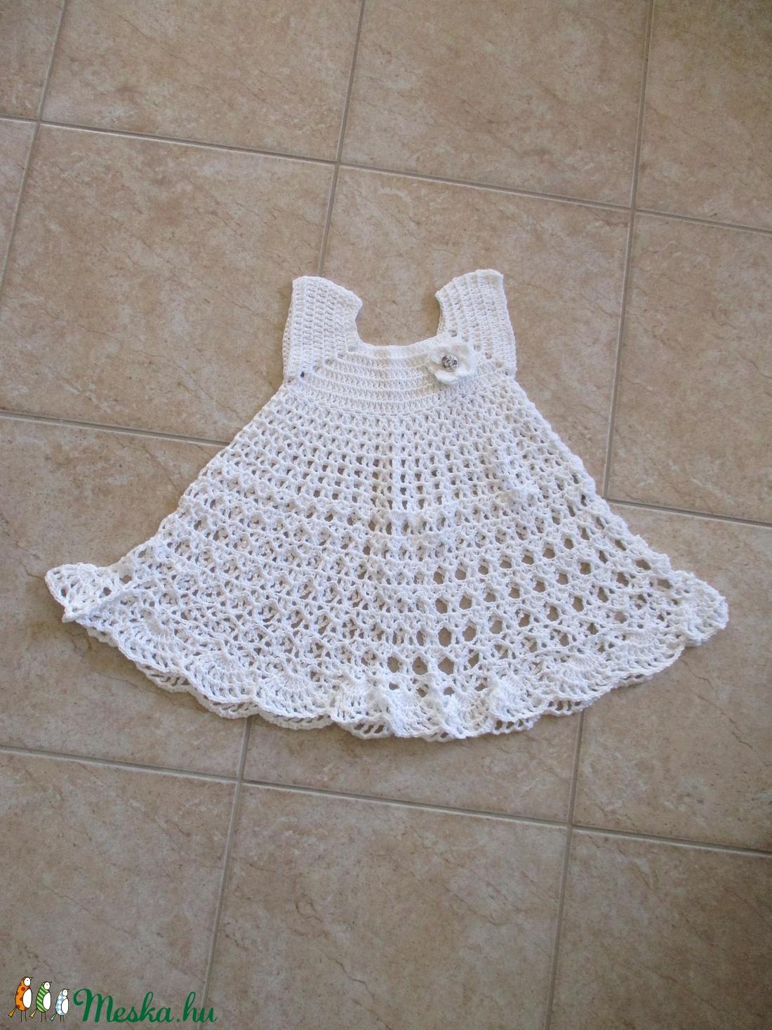 Fehér pamut, horgolt kislány ruha - Meska.hu