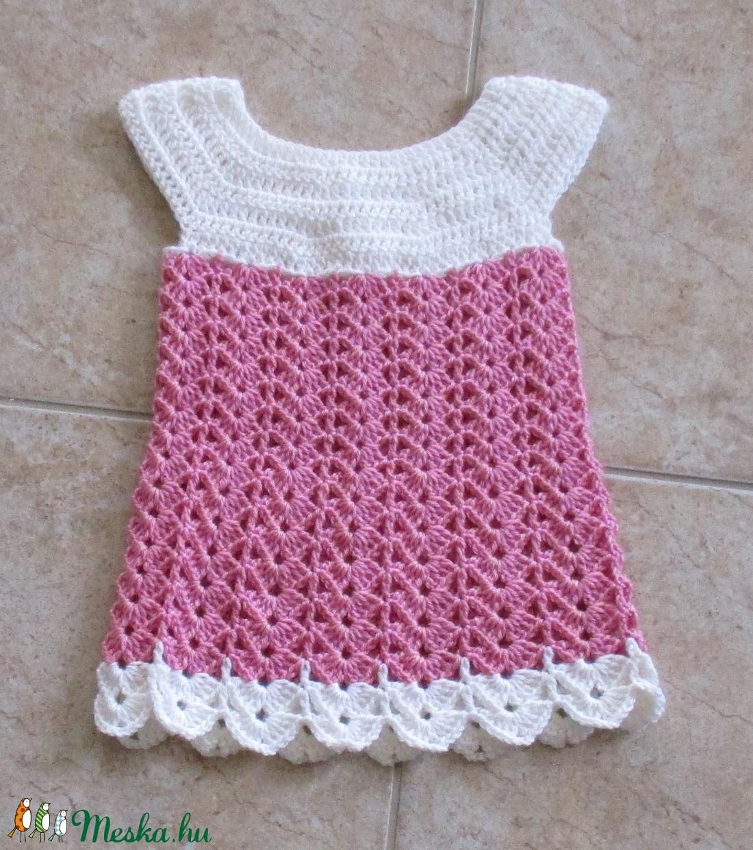Rózsaszín-fehér horgolt kislány ruha - Meska.hu