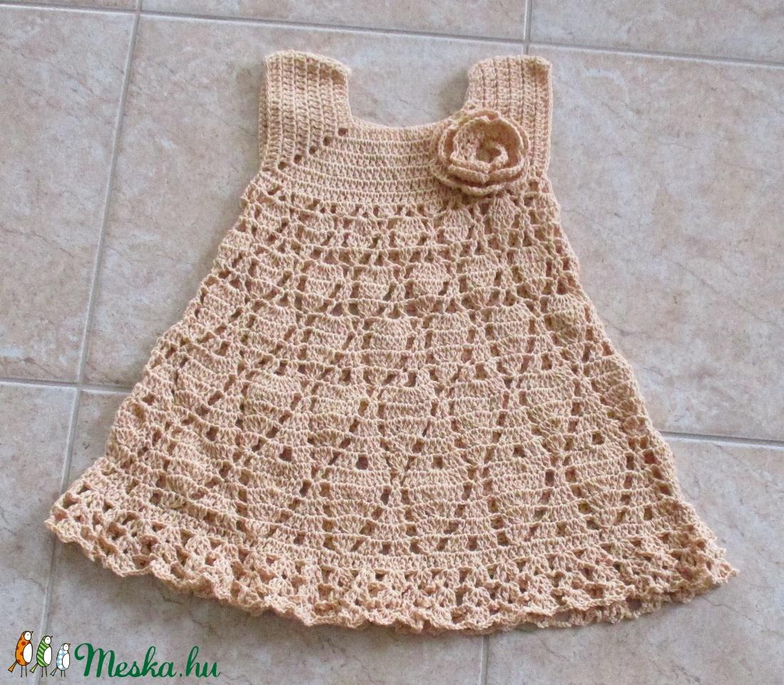 Drapp színű horgolt kislány ruha - Meska.hu