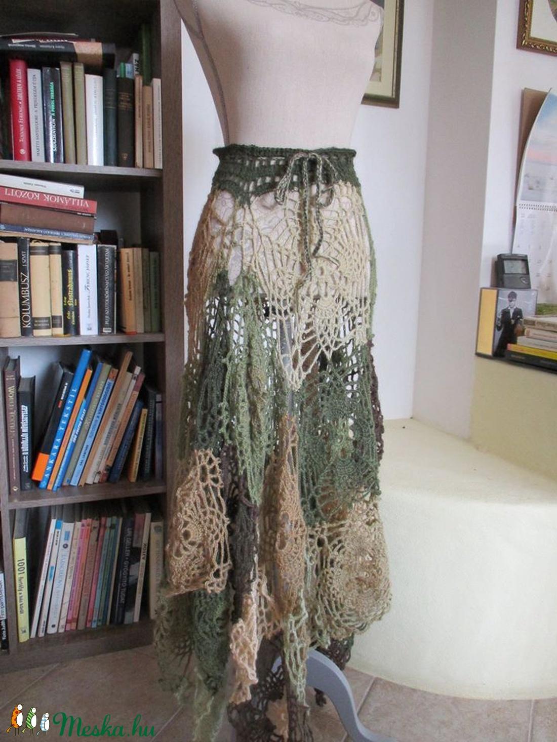 Több féleképpen viselhető horgolt ruha-poncsó - ruha & divat - női ruha - ruha - Meska.hu