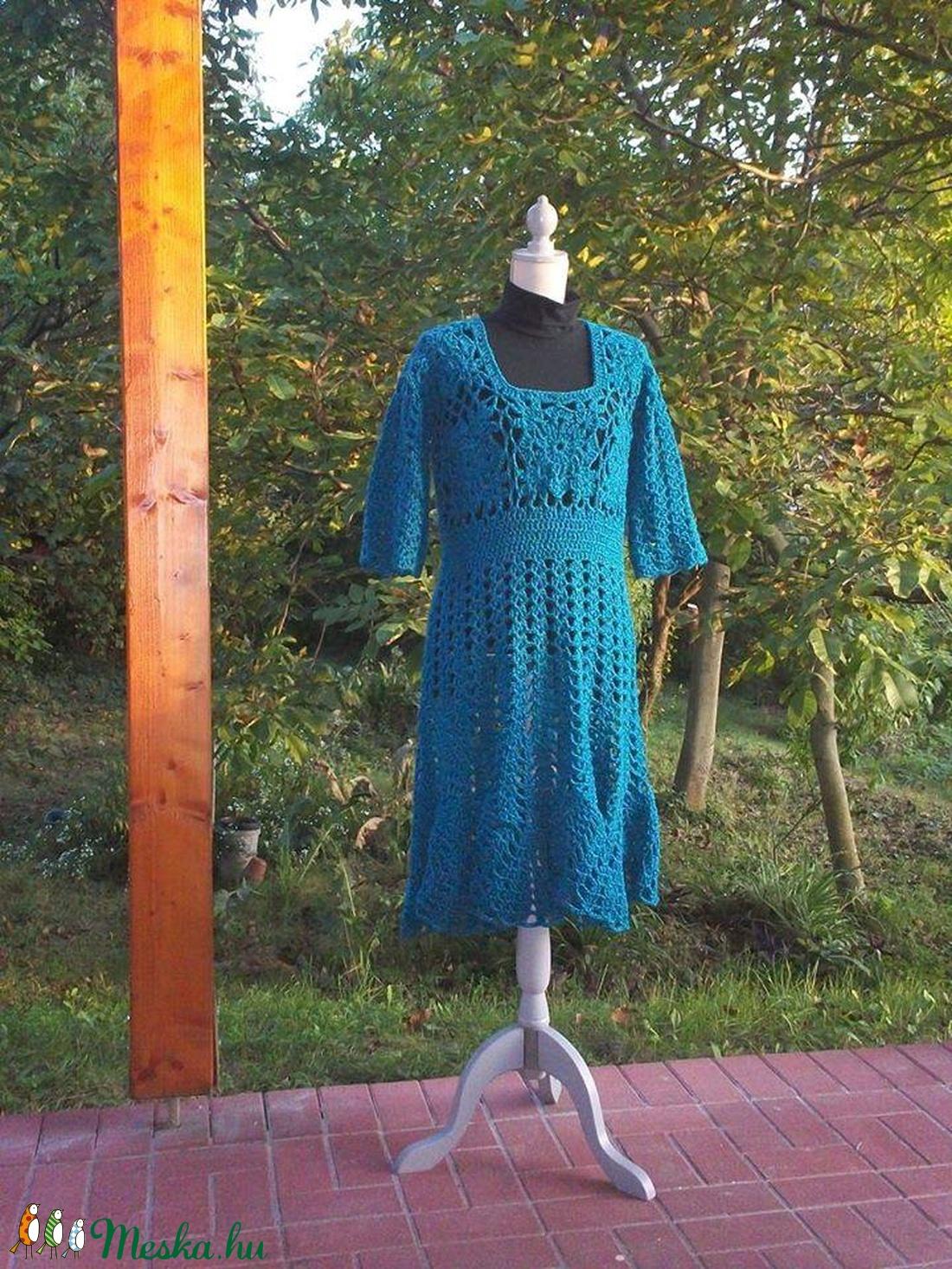 Kékes-zöldes vastag horgolt ruha - ruha & divat - női ruha - ruha - Meska.hu