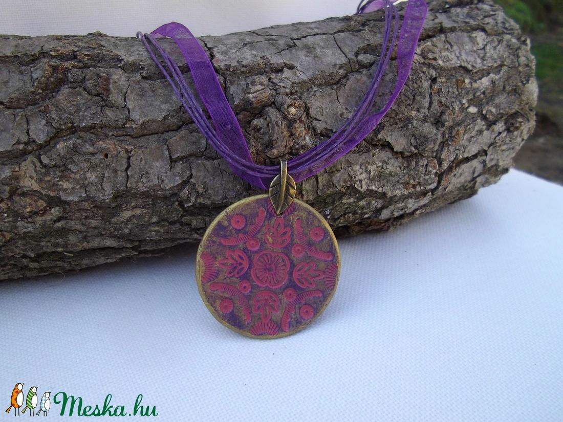 Mandalás medál (lila-pink-bronz) (Nesi) - Meska.hu