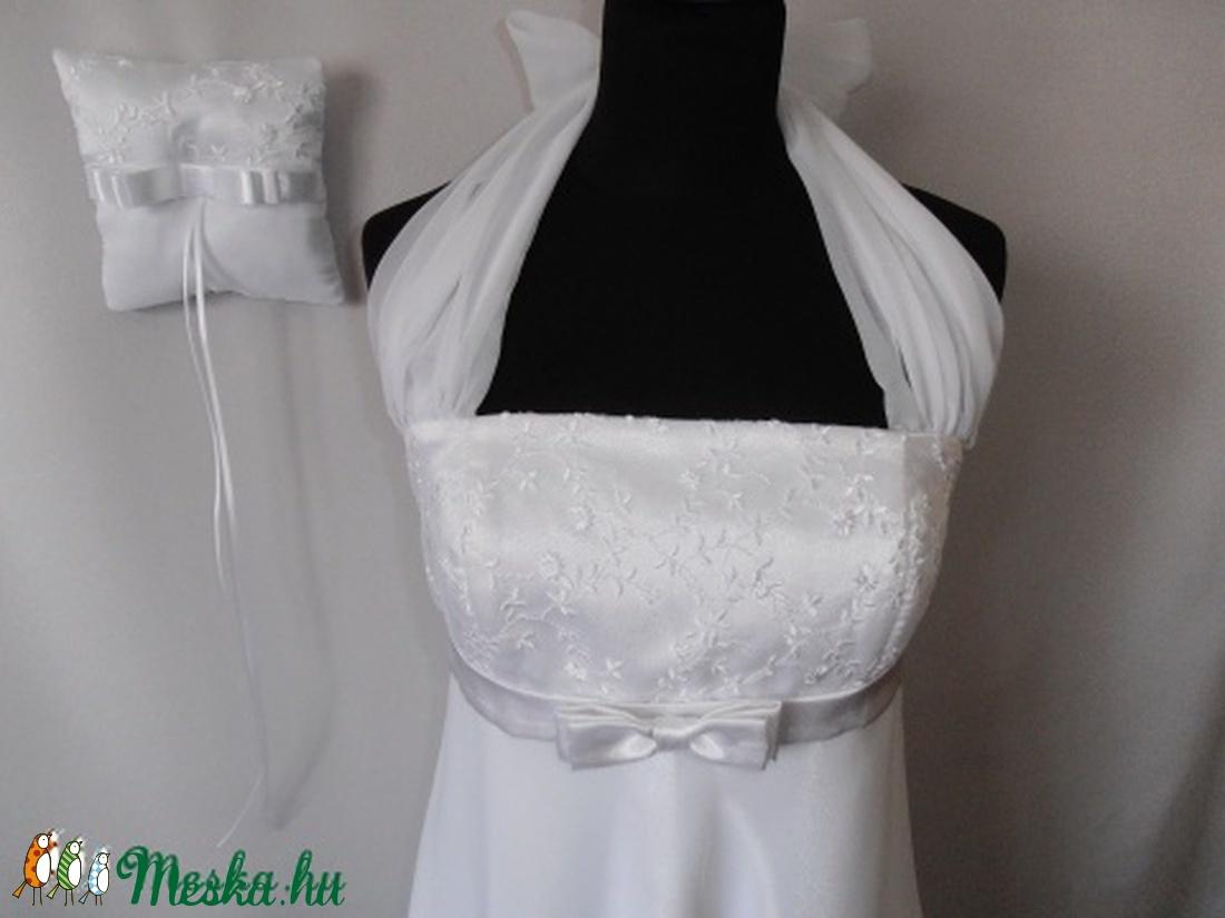 Menyasszonyi ruha kismamáknak gyűrűpárnával (nicoledesign) - Meska.hu f66005a8e3