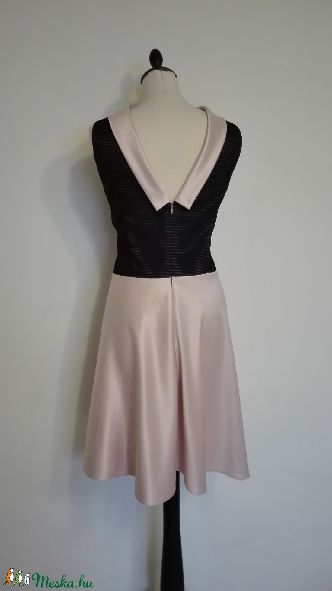 Fekete-púder színű örömanya ruha (nicoledesign) - Meska.hu bc034480fd