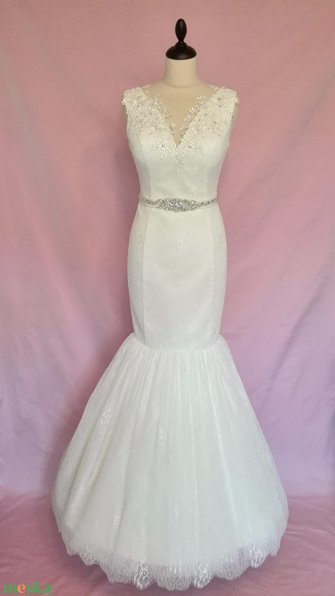... Csipke menyasszonyi ruha övvel (nicoledesign) - Meska.hu ... 751ac565a9