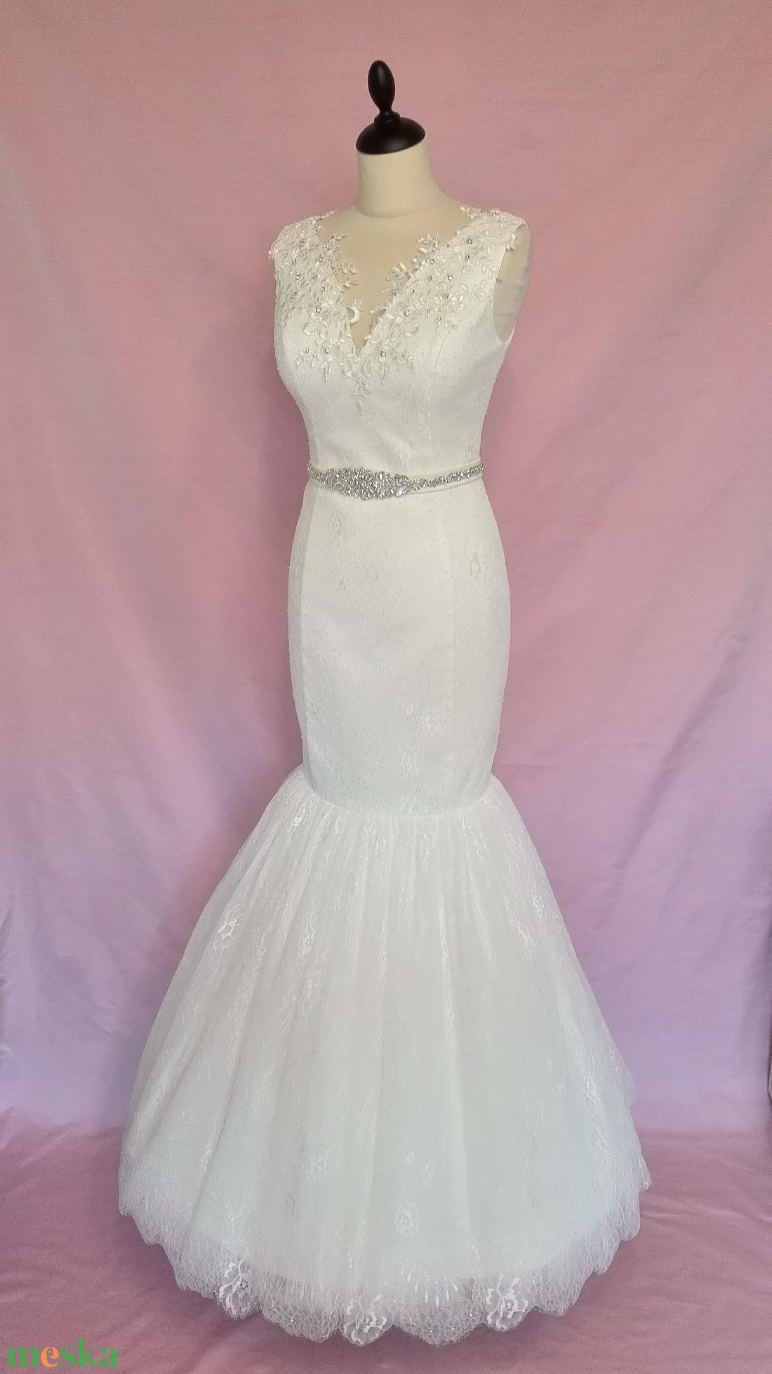 ... Csipke menyasszonyi ruha övvel (nicoledesign) - Meska.hu ... 93220e9fae