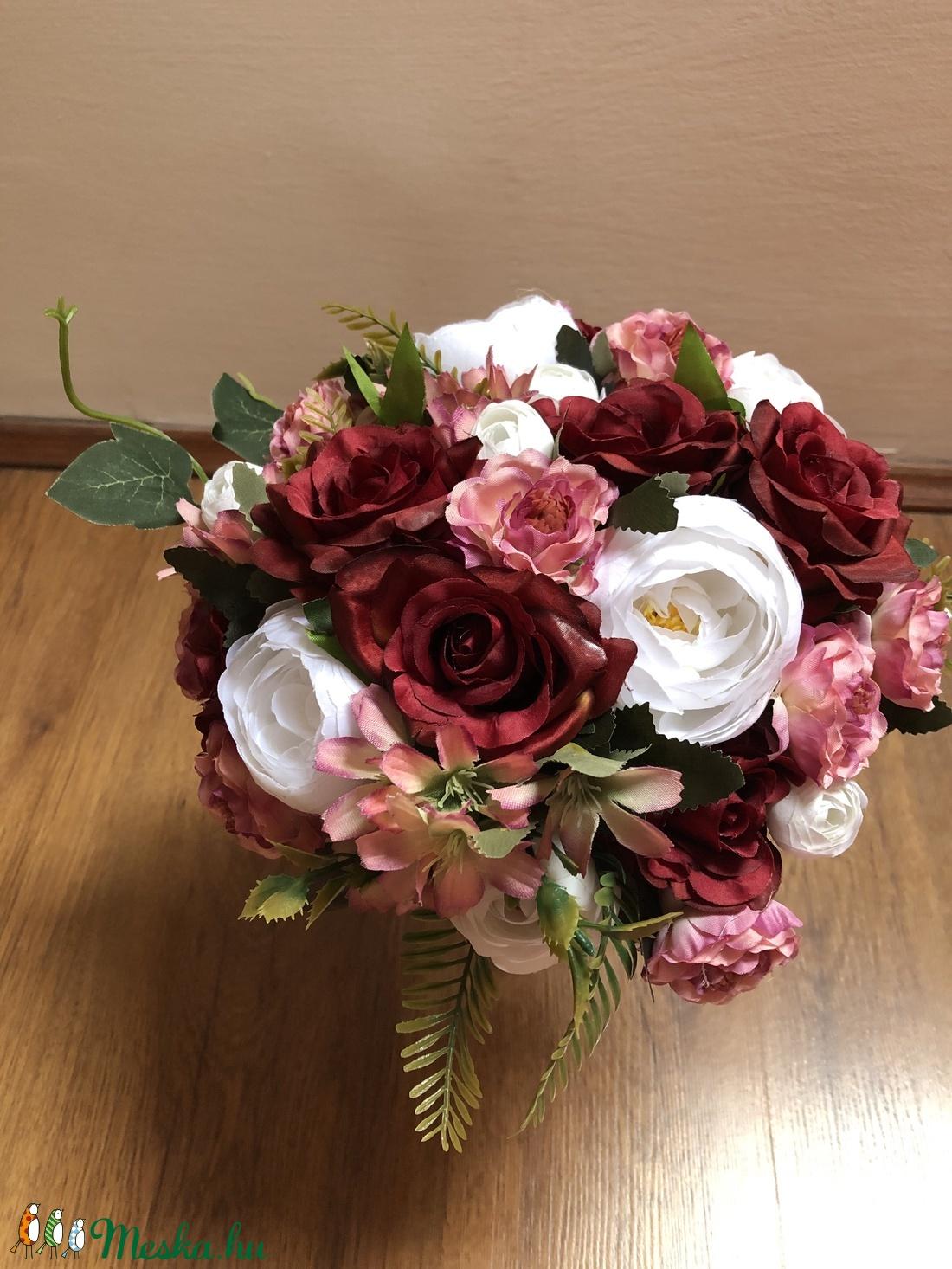 Bordó és fehér rózsaszín rózsás menyasszonyi örökcsokor - esküvő - menyasszonyi- és dobócsokor - Meska.hu