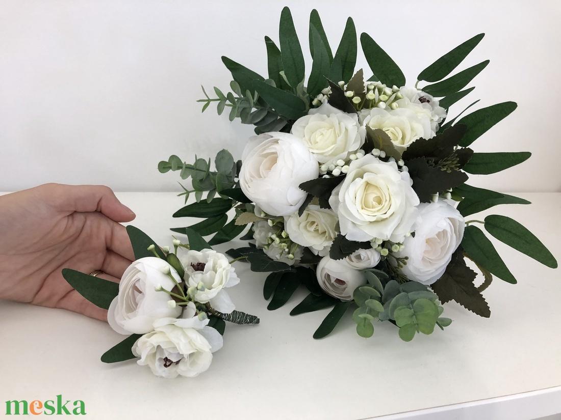 Fehér rózsás és bazsarózsás menyasszonyi örökcsokor - esküvő - menyasszonyi- és dobócsokor - Meska.hu