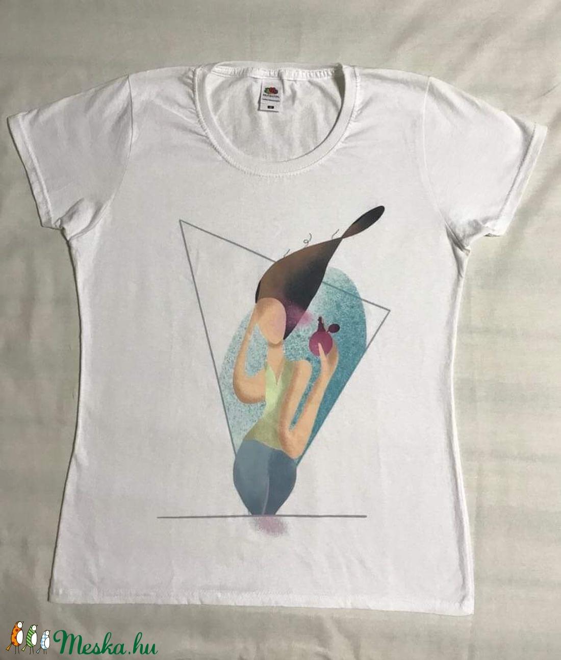 Női póló- A Nő- egyedi, saját készítésű mintával (Nitaart) - Meska.hu
