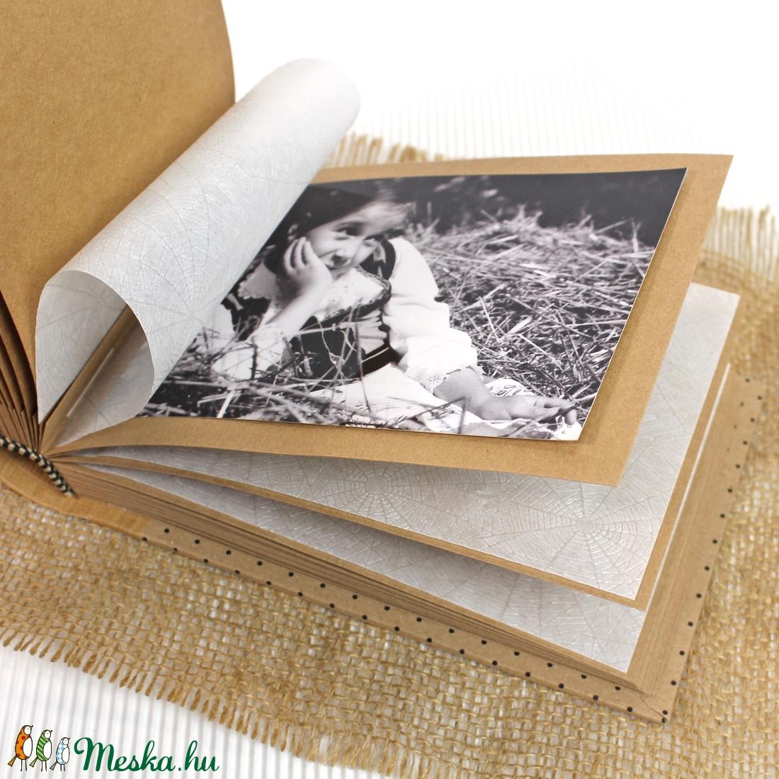 Eco fekete apró pöttyös fotóalbum - otthon & lakás - papír írószer - album & fotóalbum - Meska.hu