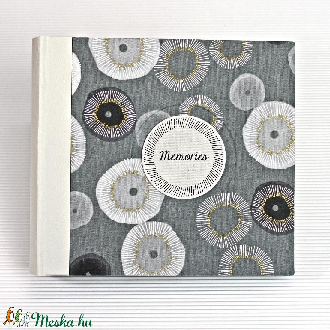 M fekete-fehér-arany fotóalbum - otthon & lakás - papír írószer - album & fotóalbum - Meska.hu